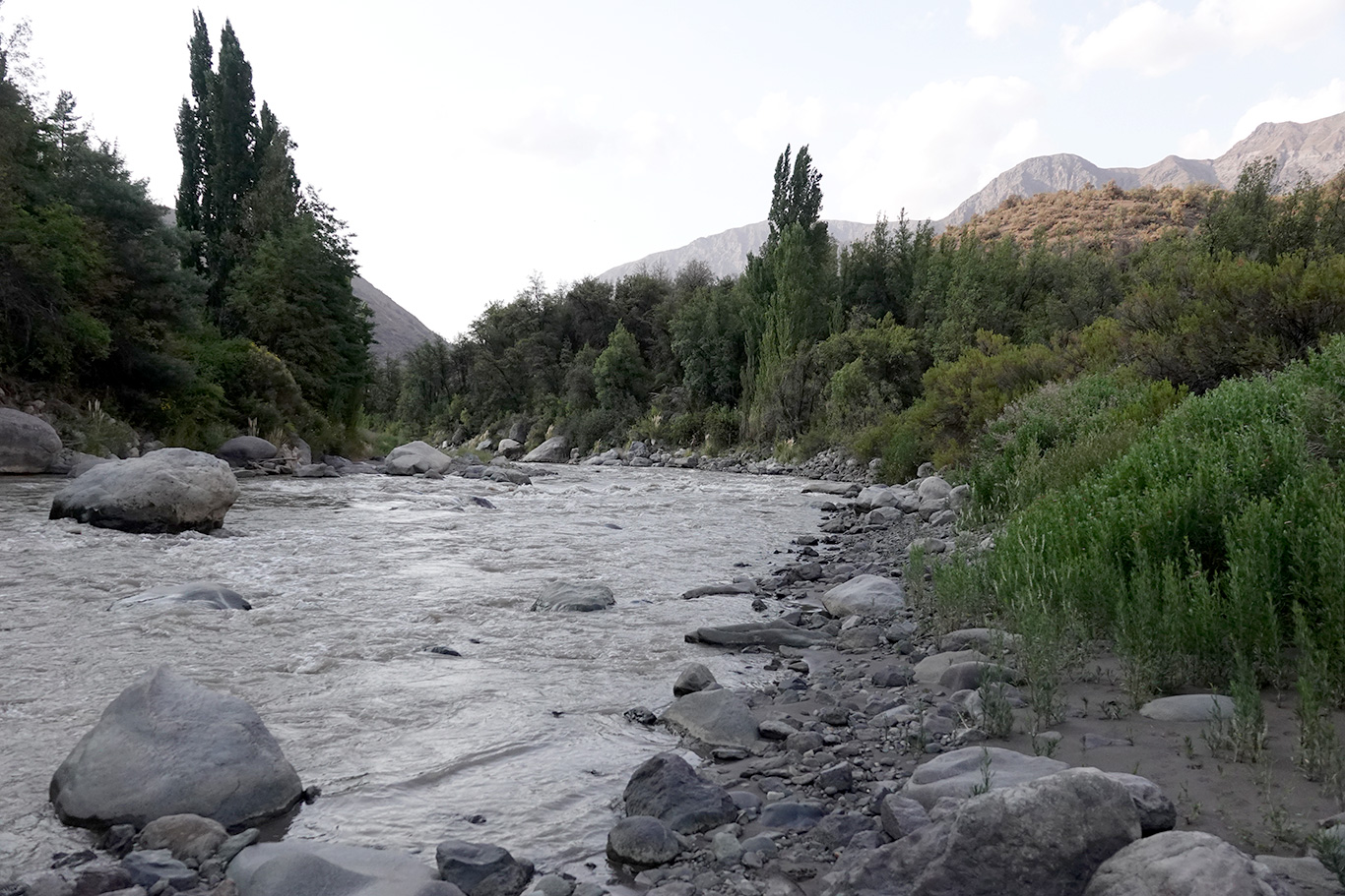 River at San José de Maipo, Valle El Yeso, Chile.
